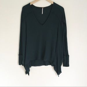 FREE PEOPLE green v-neck long sleeved thermal top